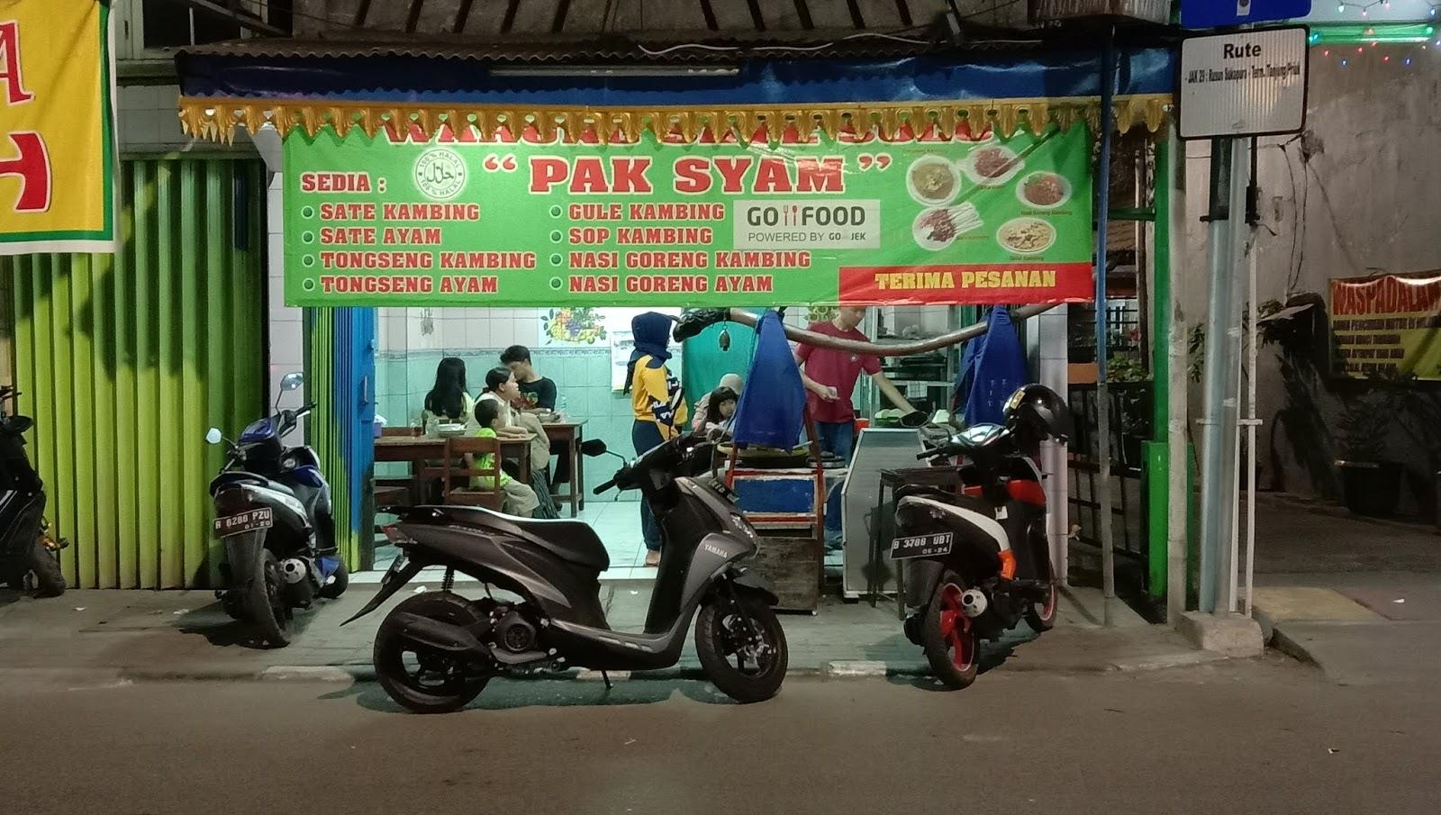 Warung Sate Solo Pak Syam, Jalan Tipar Cakung
