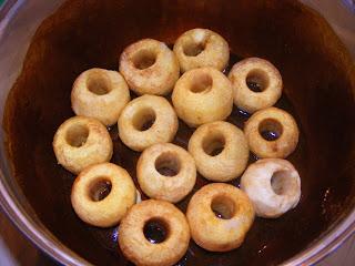 Tort de mere cu crema de zahar ars preparare reteta,