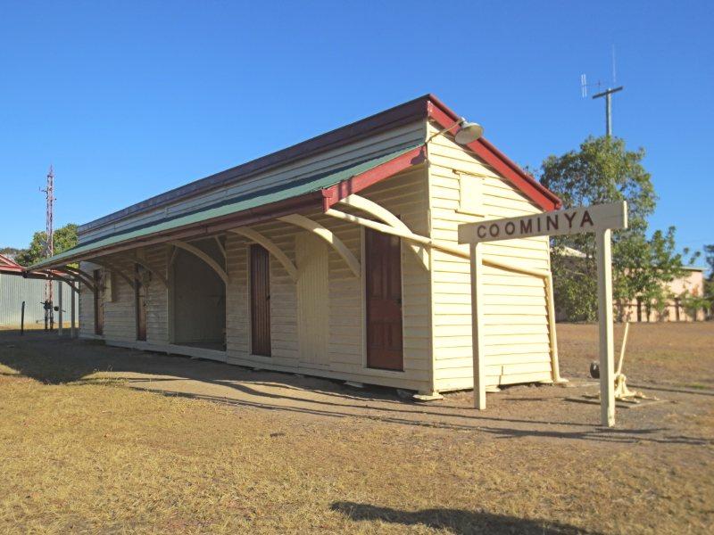Coominya railway station