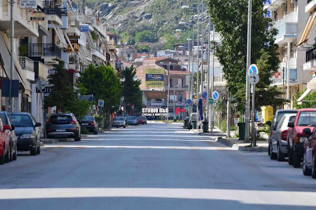 Άδειες πόλεις Ναύπλιο και Άργος - Μέτα το μεσημέρι αναμένει με μπλόκα η αστυνομία τους παραβάτες