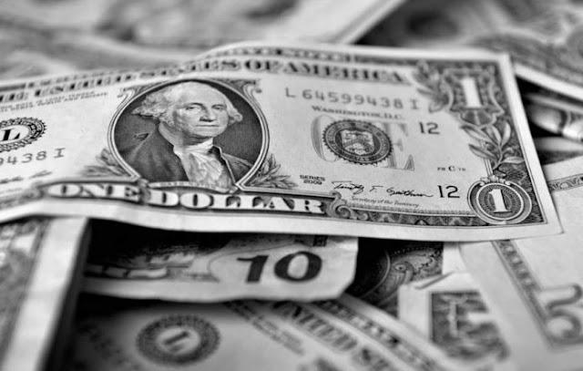 Depreciación del dólar paralelo fue más del 100% en noviembre