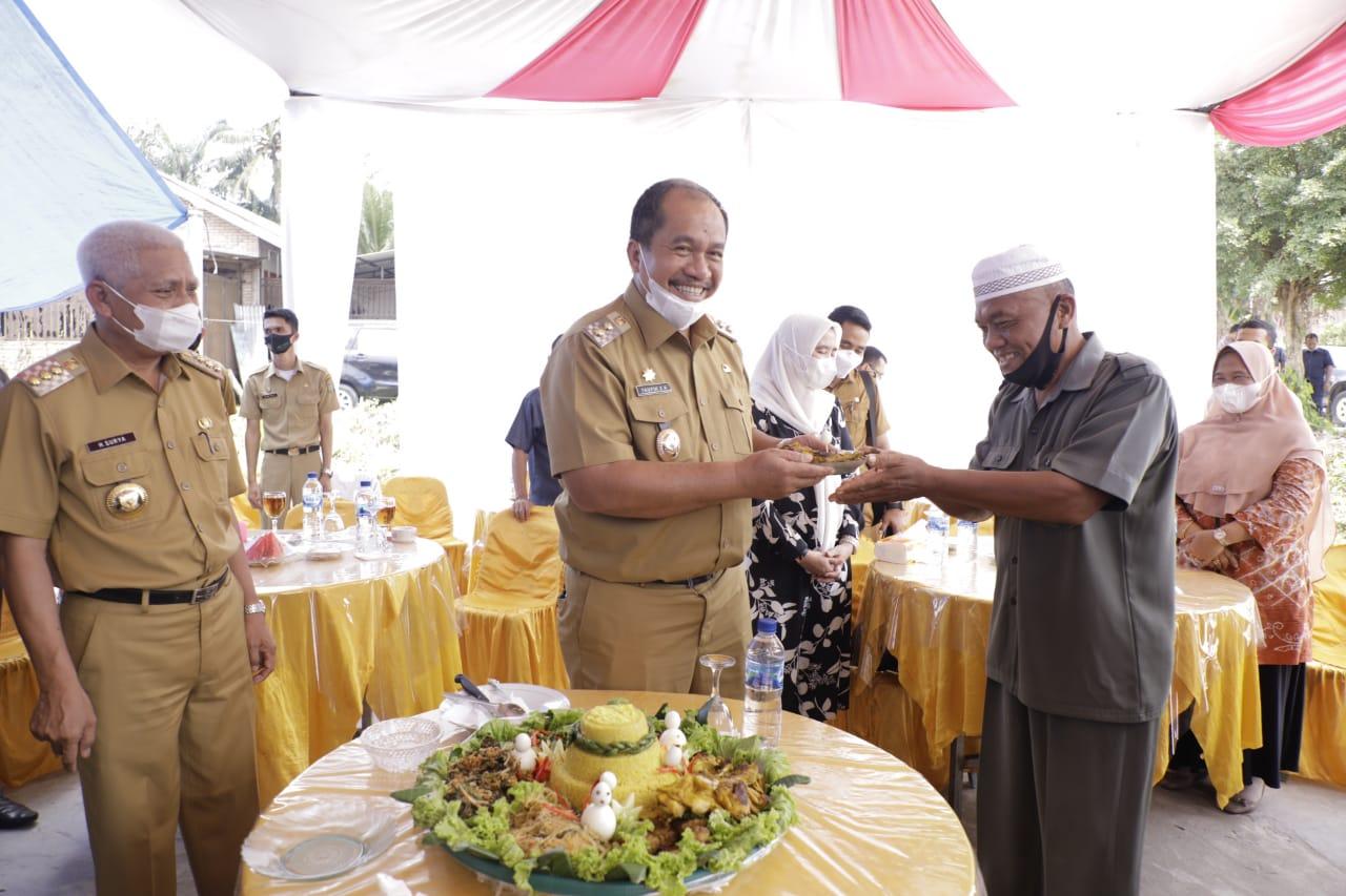Gelar Syukuran,  Masyarakat Kelurahan Sidodadi Berjanji Akan Selalu Kompak Mendukung Bupati dan Wakil Bupati Asahan.