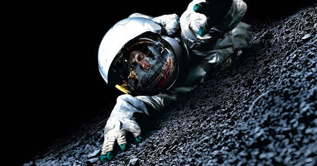 apollo 18 2011 f 001 - O que aconteceria se um astronauta tirasse seu capacete no espaço?