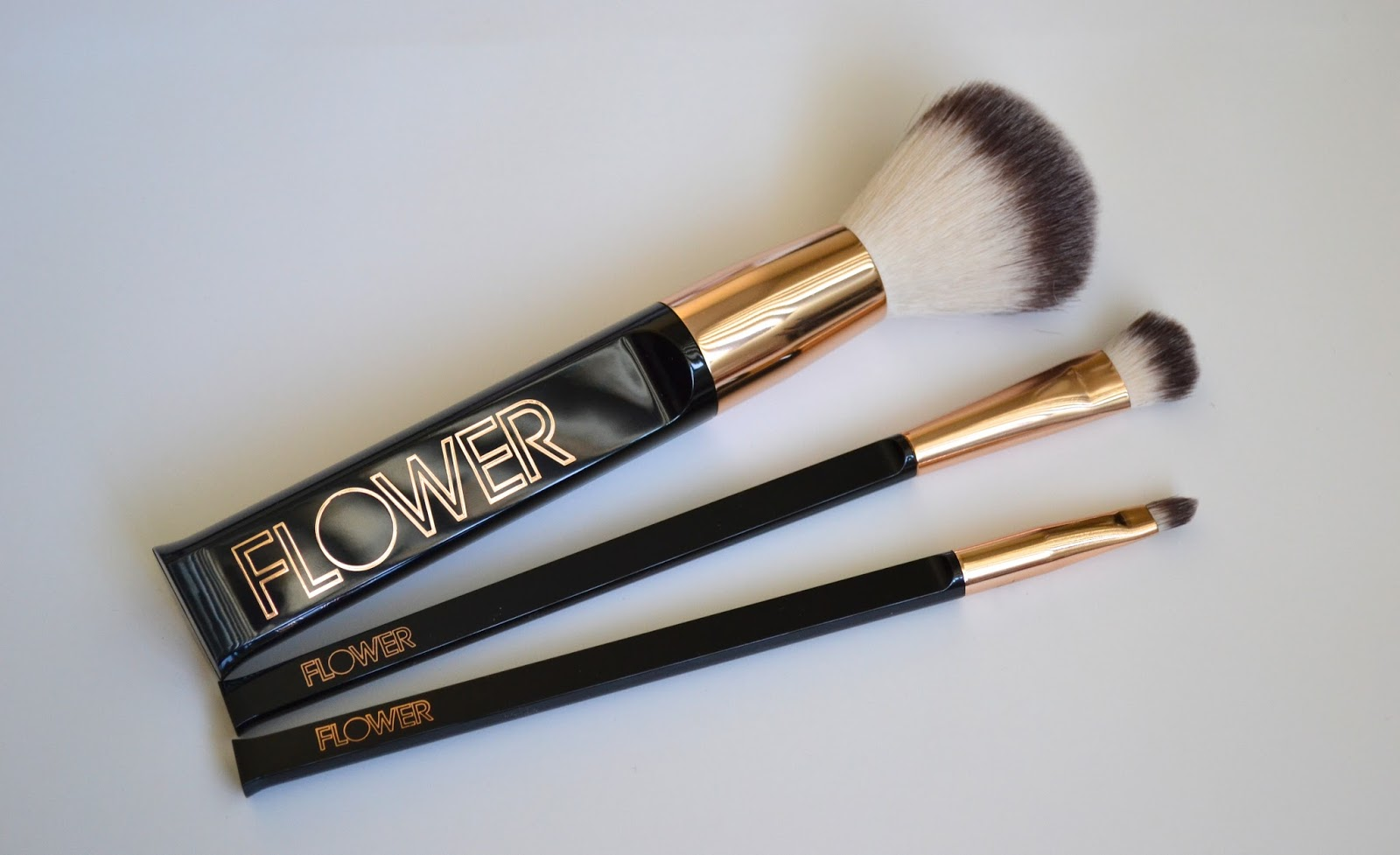 50e812af3e18 Flower Beauty Makeup Brushes Review   Saubhaya Makeup