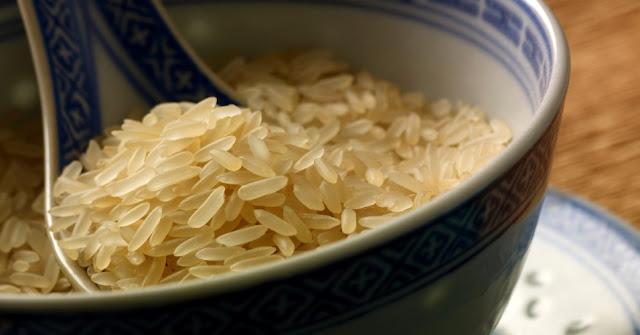 Originário da Ásia, o arroz foi atravessando fronteiras e acabou se transformando em um dos principais alimentos da cozinha brasileira.