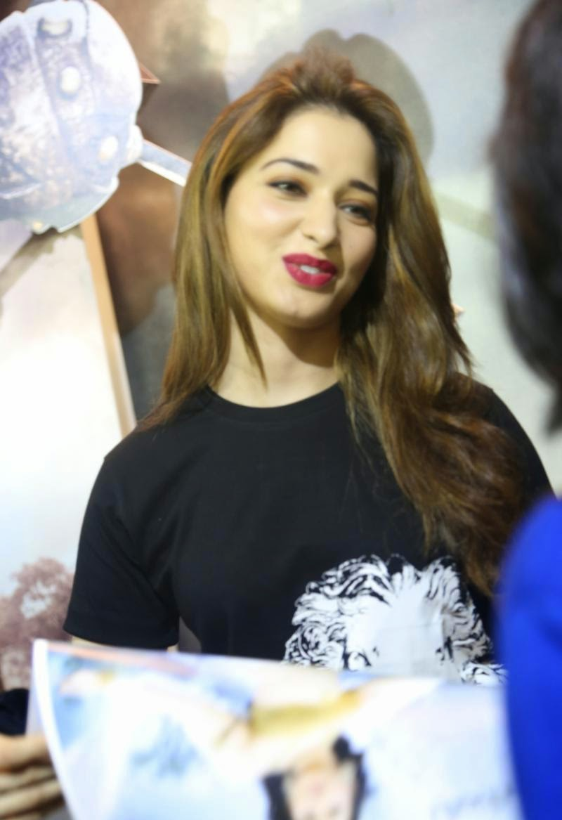 Tamanna Bangalore: High Quality Bollywood Celebrity Pictures: Milky White