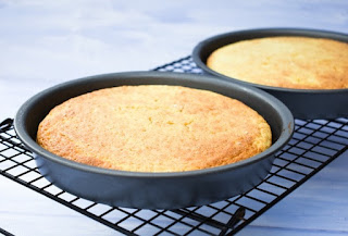 lemonade cakes in tins, just out of oven