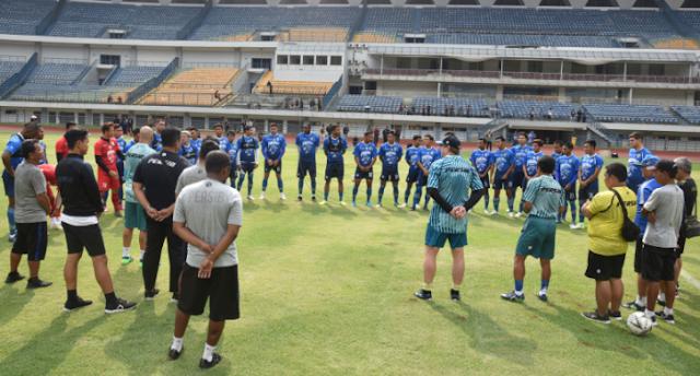 Persib Bandung Jadwalkan Latihan Perdana Era New Normal di GBLA
