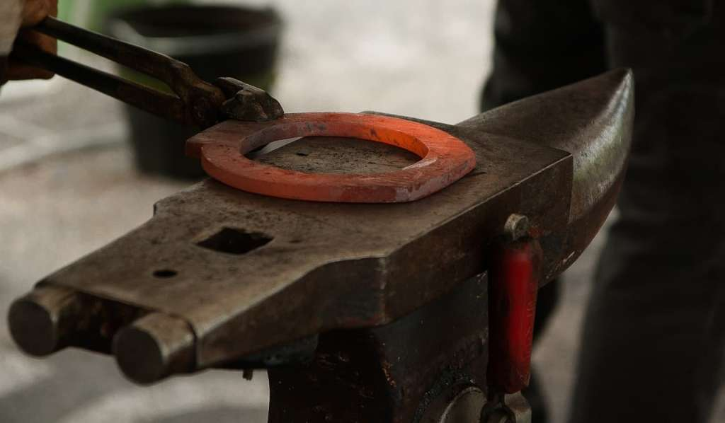Choosing the Right Anvil for the New Farrier