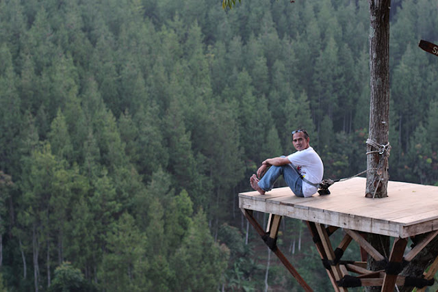 Ngabuburit, Sky Tree, dan Camping di The Lodge Maribaya Lembang Bandung