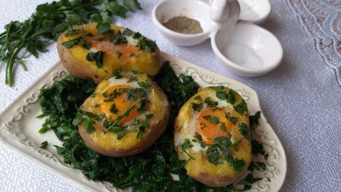 Картошечка с глазуньей в духовке - оригинальный и сытный завтрак