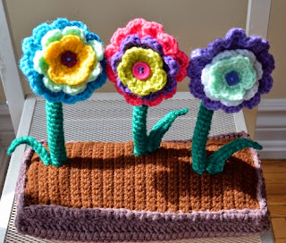 http://www.popsdemilk.com/wp-content/uploads/2014/03/Spring-Garden-Pattern.pdf