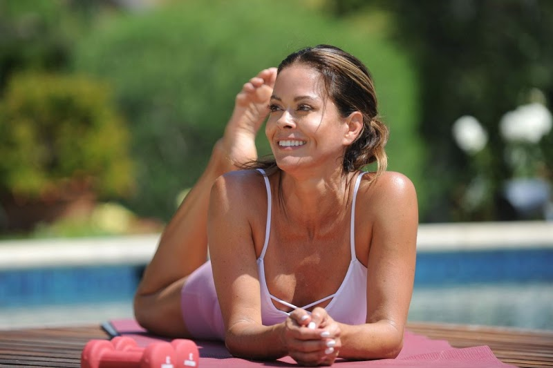 Brooke Burke – Clicked Photoshoot for Brooke Burke Body App in the Backyard of Her House in Malibu 14 Jul -2020