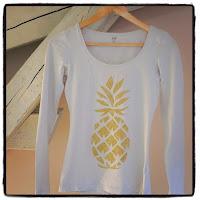 tee-shirt et flex à paillettes dorées ananas