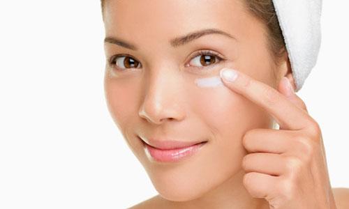 Contorno de ojos casero para las arrugas