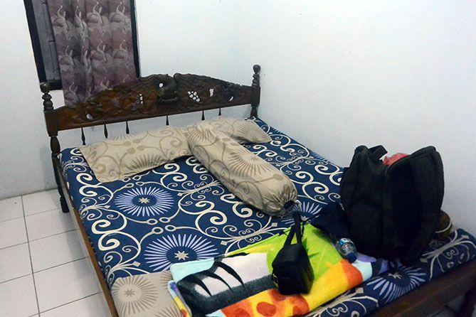 Kamar di salah satu homestay