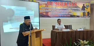 Kadis PUPR Provinsi Jambi Membuka Secara Resmi Kegiatan Pembekalan Teknis Dan Administrasi Pekerjaan Konstruksi Untuk Aparatur Pengawas Jembatan.