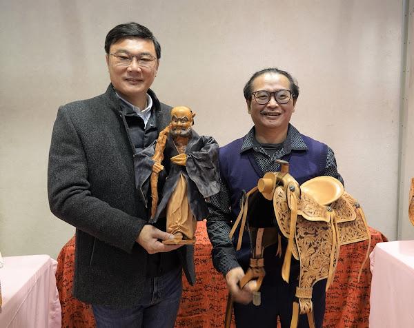 施敦仁皮雕展在鹿港公會堂 皮革做牲禮不怕萊豬
