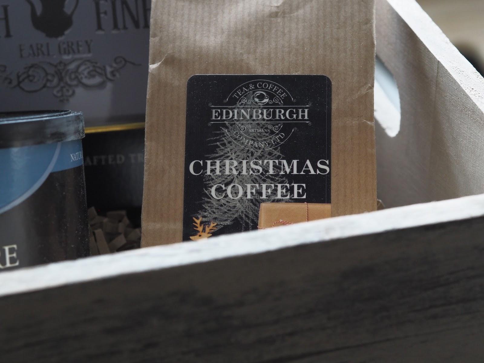 Prestige Christmas sky hamper \ Christmas food hamper \ gift ideas \ Priceless Life of Mine \ over 40 lifestyle blog