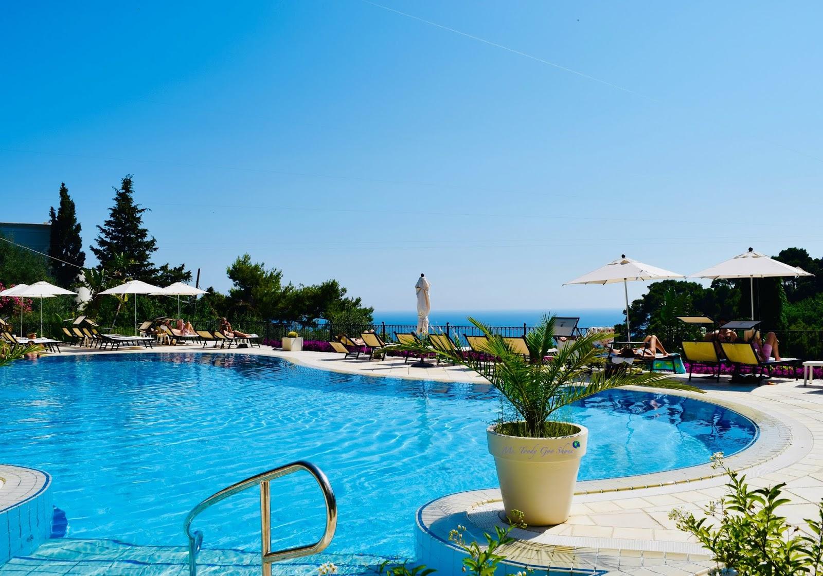 Hotel La Vega, Capri, Italy | Ms. Toody Goo Shoes