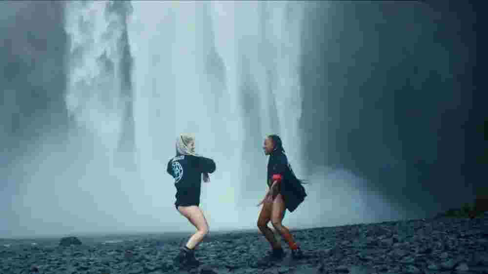 Cold water lyrics