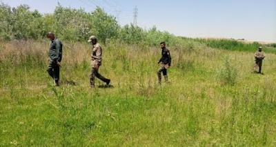 قوة من اللواء 30 في الحشد تنفذ عملية تفتيش على طول ضفاف نهر دجلة