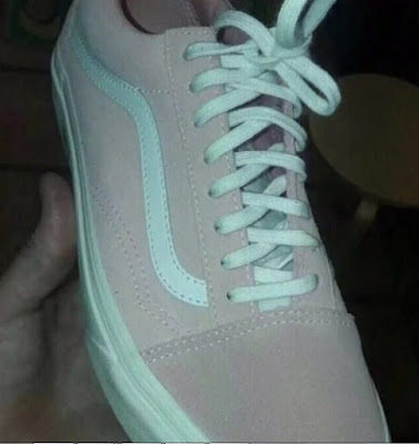 is-this-shoe-pink-or-grey-what-you-see-tells-you-something-interesting-about-you