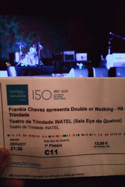 Bilhete Frankie Chavez e palco
