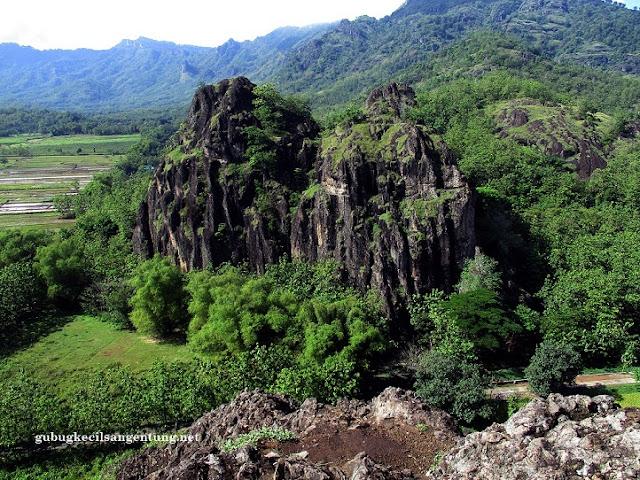 view gunung sepikul sukoharjo