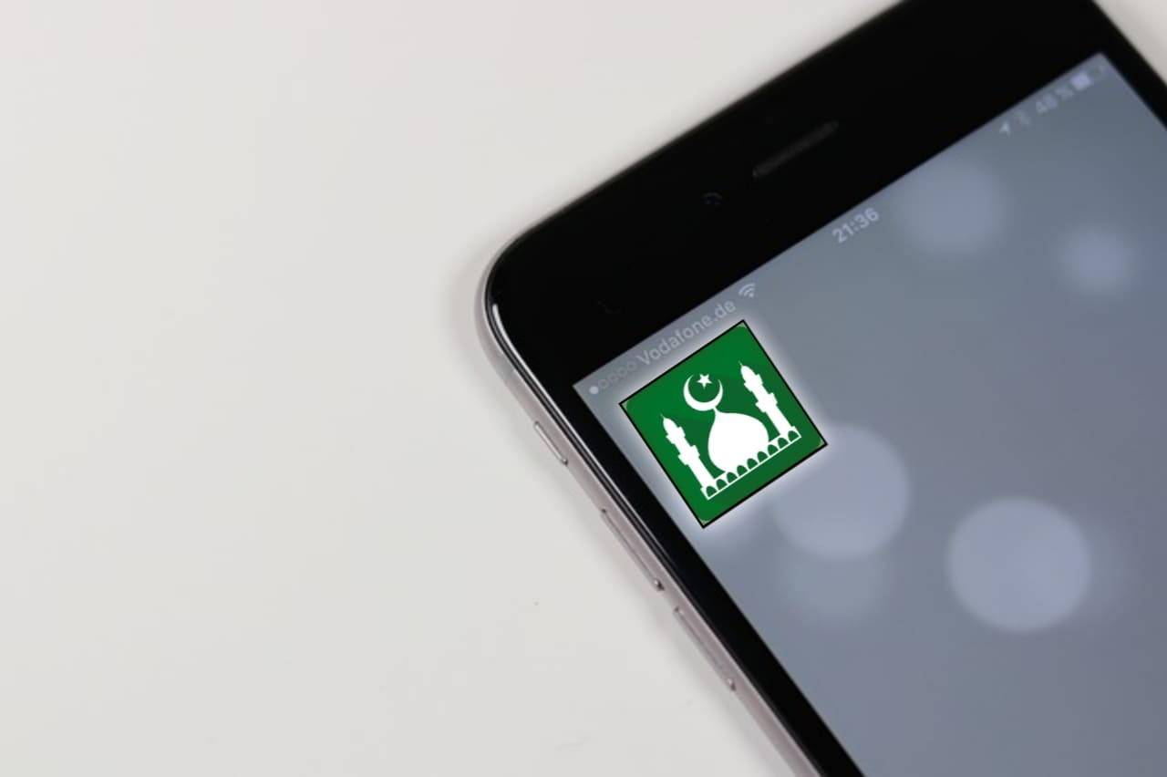 Siapa pemilik aplikasi muslim pro?