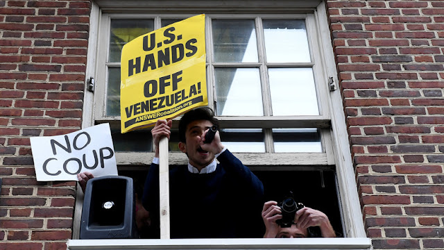 Venezuela exige a EE.UU. proteger su embajada en Washington