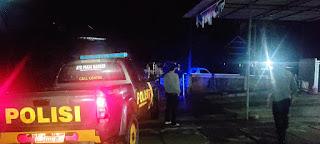 Untuk Cegah Terjadi Tindak Pidana, Polsek Baraka Polres Enrekang Melaksanakan Patroli Blue Light