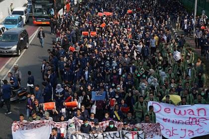 Mahasiswa Turun Ke Jalan, Pengamat: Bagus, Kesadaran Dan Kritis Sudah Mulai Muncul #MahasiswaHarusBergerak