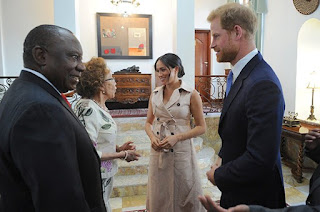 Duke and Duchess of Sussex talk cattle with President Pamaphosa