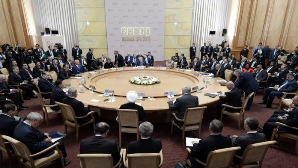 Invitan a México a participar en cumbre de los BRICS