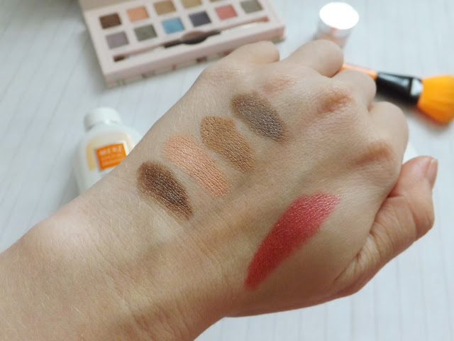 Swatch Cargo - Suited to a Tea Cream Eyeshadow Palette, Max Factor Colour Collections Lipstick 36