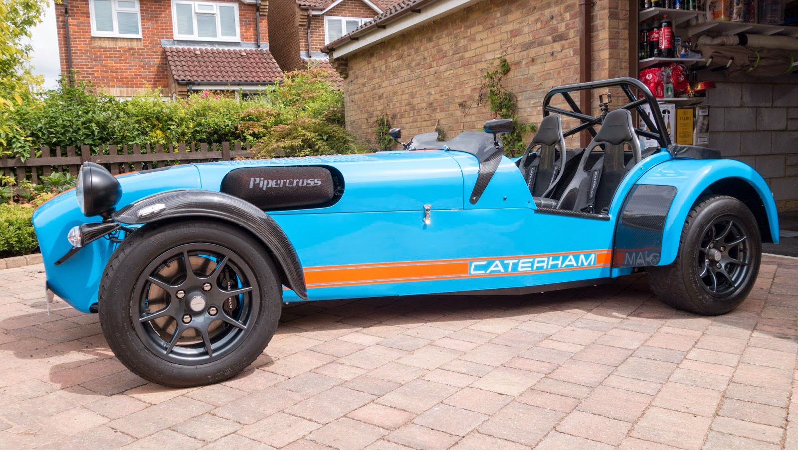 Freshly cleaned Caterham R500 with newly fitted carbon aeroscreen.