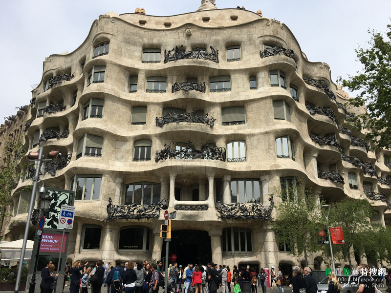 [西班牙.巴塞隆納] 高迪(Gaudí)建築作品參觀:桂爾公園(門票景點).米拉之家