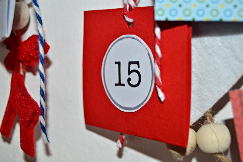 Detalle números calendario de adviento