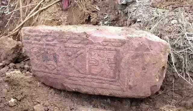 2,000 year-old tomb unearthed in east China