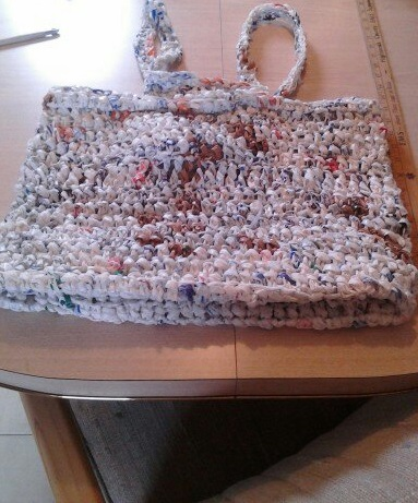crochet, plarn, tote, bag, plastic yarn, recycling, beginner