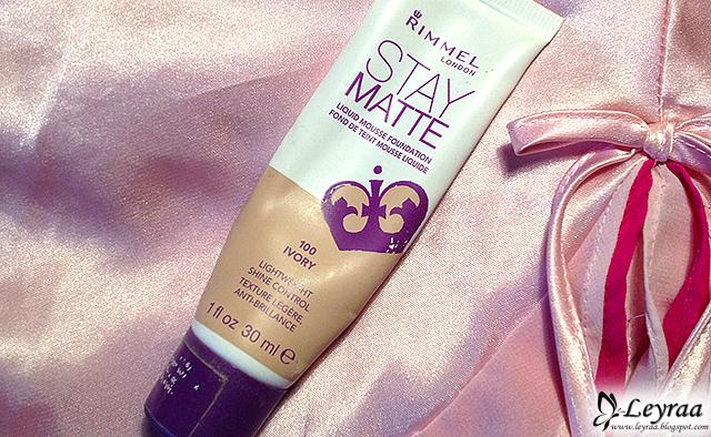Rimmel, Stay Matte, Foundation (Podkład matujący do twarzy) 100 Ivory