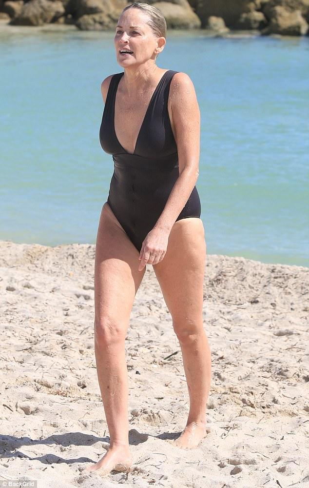 Cleavage Rae Norman nudes (87 fotos) Sideboobs, Facebook, panties