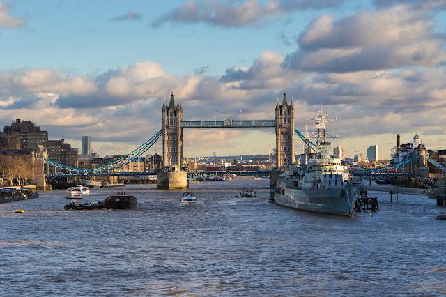 Tower Bridge dal London Bridge-Londra