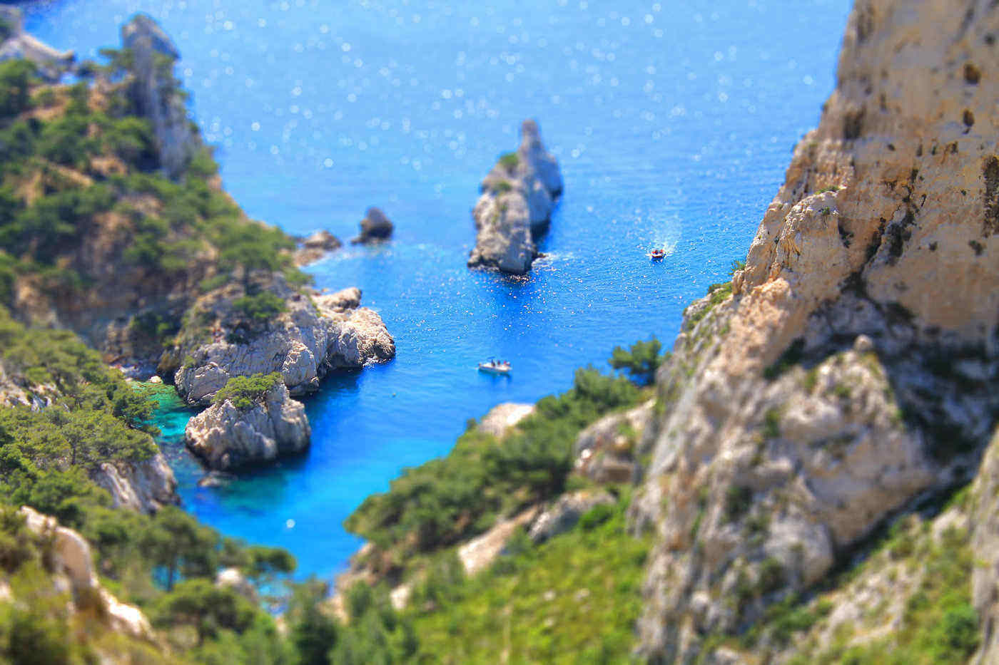 les calanques cliffs - best things to do in provence, france