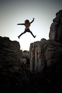 success tips in hindi,It is a symbol of fear in real life,Mountain Dew,  Face the anxiety with strength to overcome Fear, Dar Ke Aage Jeet Hai /Fight Your Fear and Win In Hindi
