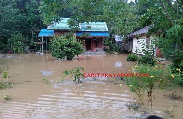 Hujan Sepanjang Malam, Desa Tangkan Direndam Banjir