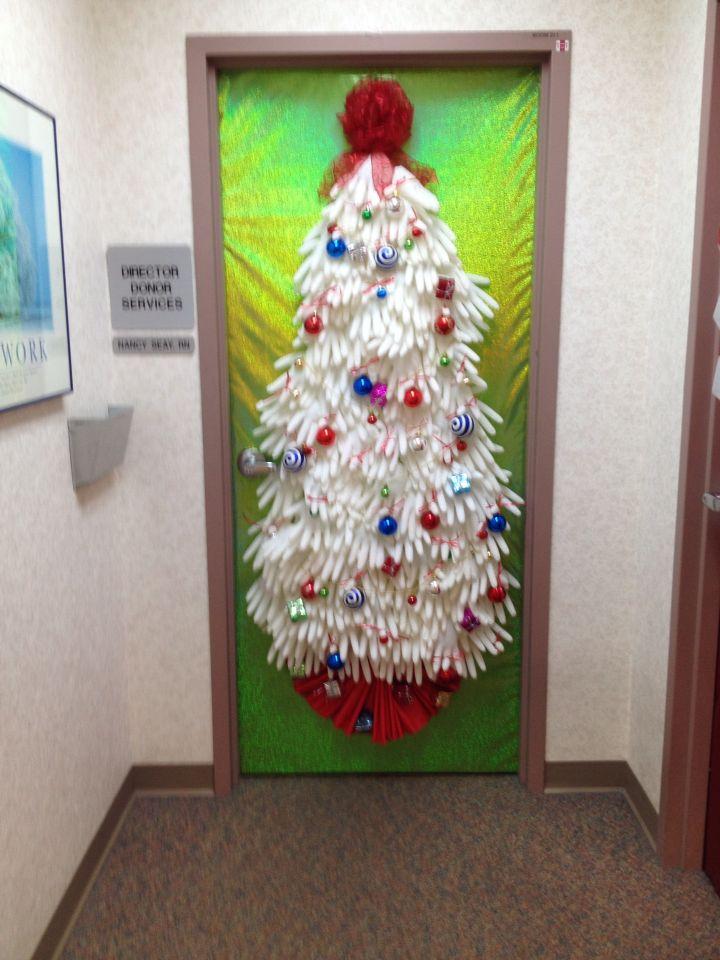 Office Door Decorating Ideas For Christmas 25 Unique Christmas Door