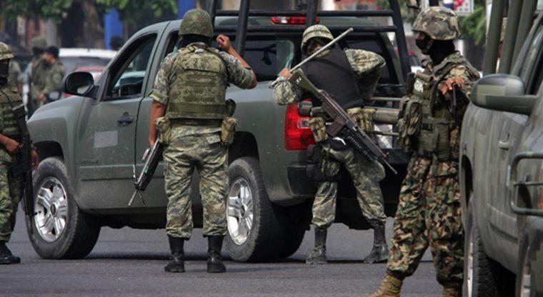 Reportan balacera y helicópteros sobrevolando en Elota