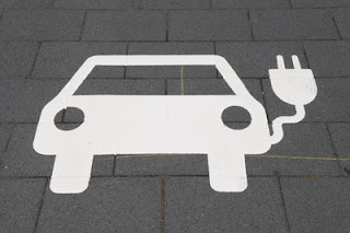 Erfolg für die Elektroautos durch Feststoffbatterie
